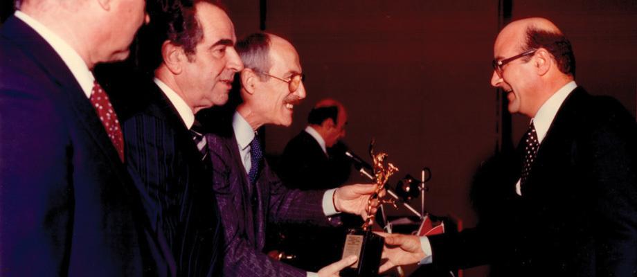 vittorio-ponzi-premio-mercurio-oro_a8sq0b